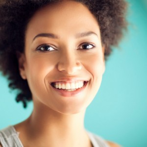 Your cosmetic dentist in Wichita Falls offers professional teeth whitening.